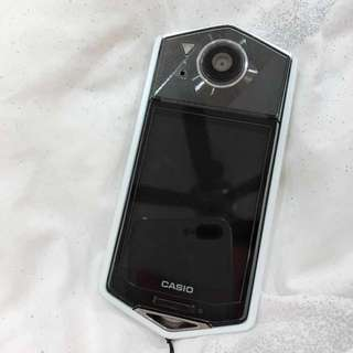 CASIO CAMERA TR70
