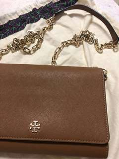 Tory Burch Robinson Chain Wallet (Wallet on chain)