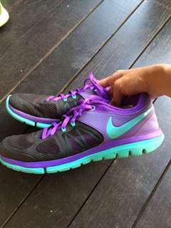 🚚 Nike Flex