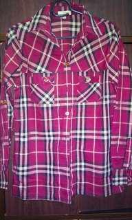 Burberry ladies collar shirt