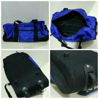 Brand New Big Bag With Luggage Handle & Wheels