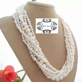 Multi strand Genuine Lustrous White Baroque Pearls Necklace  . 多層光亮白色巴洛克不規則真珍珠項鍊