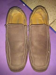 Sepatu Casual Max Barens