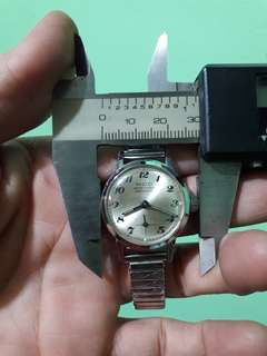 Mod ancre15 rubis    her watch