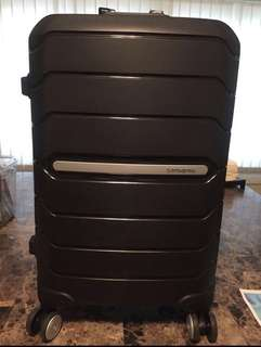 BRAND NEW: Samsonite Octolite Spinner 55/20