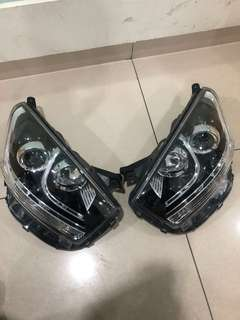 Head Lamp Axia Std (2017)
