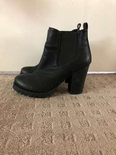 High heel bolts