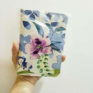 🚚 Floral Fabric Passport Holder