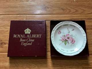 Royal Albert bone China pin dish