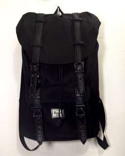 Herschel Black Medium Backpack