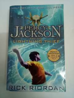 English Book - Percy Jackson & The Lightning Thief