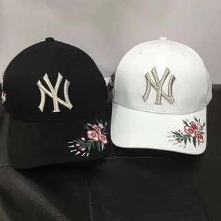 MLB洋基刺繡款 黑白 兩色
