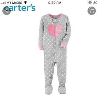Carter's Sleepsuit / bodysuit