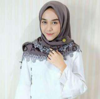 Hijab Daissy