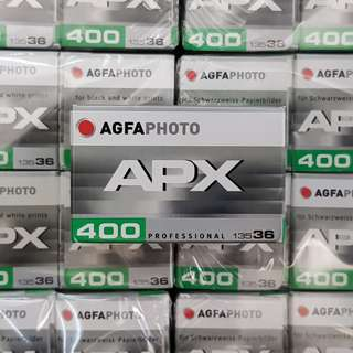 35mm Agfa AgfaPhoto APX 400 Super Fresh Black & White Film ( Iso 400 ) ! Super Fresh !  - Exp Sept 2022 !