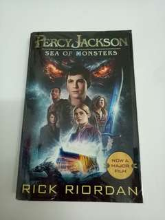 English Book - Percy Jackson Sea of Monsters