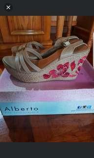 Alberto wedge sandals