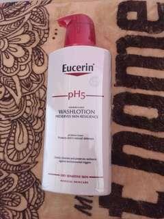 🚚 Eucerin wash lotion ph5