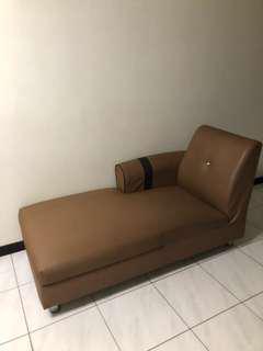 駝色鑲鑽貴妃椅