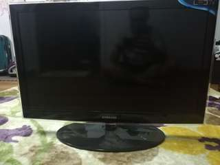 "32"" LED Tv (issue: sound distorted)"