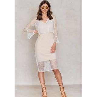 NA-KD layer lace dress size S