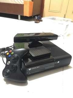 Xbox 360 with kinect sensor