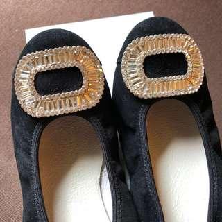🚚 GDC 方鑽金屬黑絨平底鞋