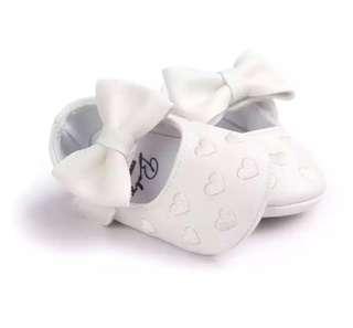 Baby Girl Heart PU Shoes