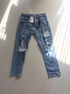 TEMT ripped jeans