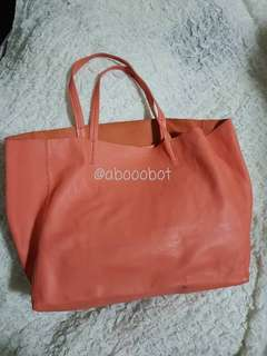 CELINE HORIZONTAL CABAS SMOOTH LAMBSKIN IN FLAMINGO