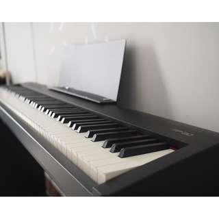 Roland Digital Portable Piano FP-30