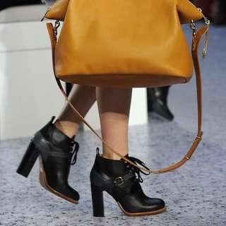 🚚 Chloé 牛皮黑色高跟軍靴 36.5號