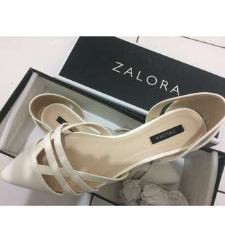 Zalora cut out pointed toe flats