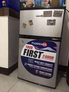 Fujidenzo 2 door mini ref 11 months warranty