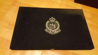 珍藏皇家香港警察階級章連禮盒