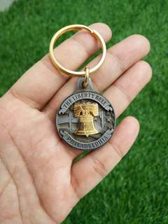Key Chain Liberty Bell Philadelphia - Preloved Collectibles