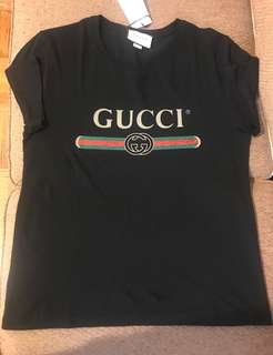 Gucci Washed T-shirt with Gucci Logo — Black