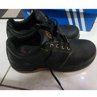 只穿3次,pamax 防穿刺止滑安全鞋 ((安全鞋 鋼頭鞋 工作鞋 皮鞋)) 25.5cm