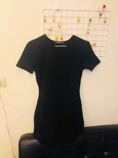 🚚 黑色緊身洋裝