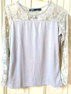 🚚 灰色日系甜美拼接透膚鏤空玫瑰花蕾絲長袖上衣