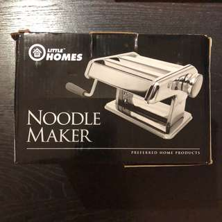 Noodle maker (for craft)