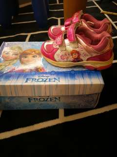 Frozen girl sport shoe