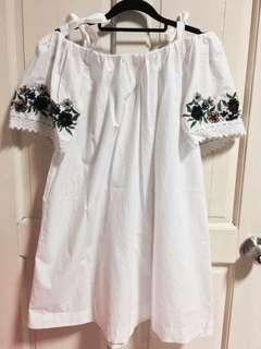 Topshop White Off Shoulder Floral Sleeve Dress