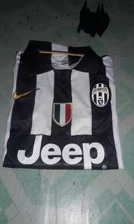 Kerah , Juventus size L