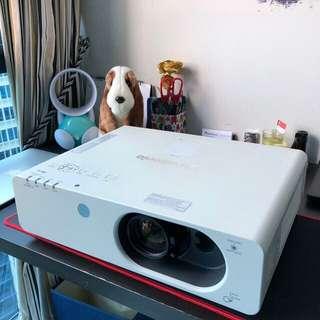 Wireless Panasonic Projector hDmi