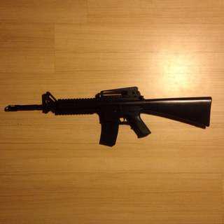 Airsoft/BB Gun M4 Assault Rifle (Springer)