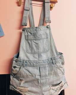 🚚 H&M淺色牛仔背帶褲