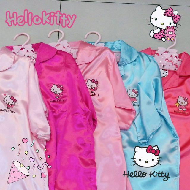 1dd884e72 Hello kitty short sleeve dress, Women's Fashion, Clothes, Outerwear ...