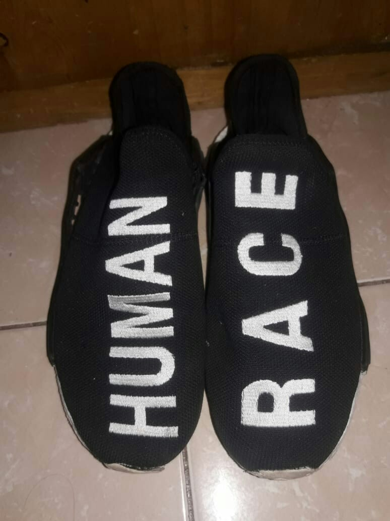 dd5debd588e43 Jual adidas nmd human race black