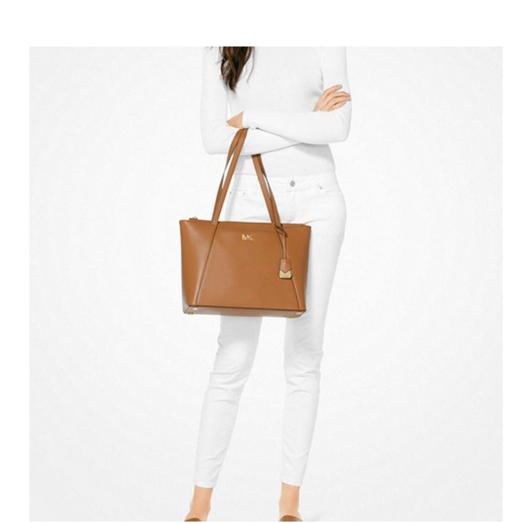 fcf5b26c9f11 Michael Kors Leather Bag, Women's Fashion, Bags & Wallets, Handbags ...